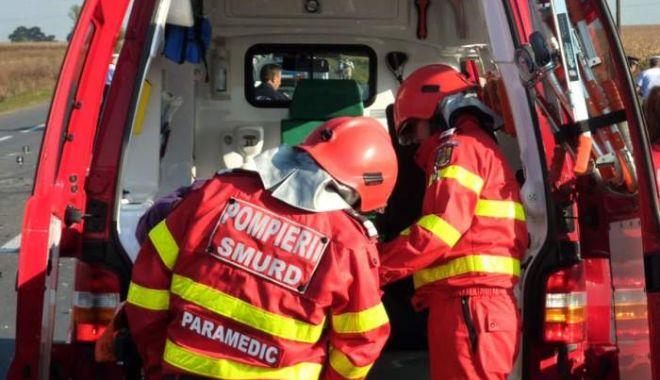 Foto: Persoană căzută în tancul unui nave, în Portul Midia. Intervin pompierii