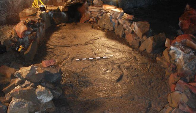 Live Science: Vikingii au construit o corabie din pietre pentru a supravieţui Apocalipsei - 4-1619592276.jpg