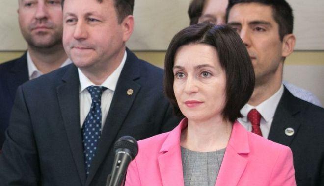 47% din moldoveni consideră legitim guvernul condus de Maia Sandu - 47-1560549263.jpg