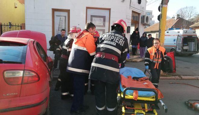 Galerie foto. Accident rutier la Constanța. Victima este o femeie - 48413201365087460917814634057478-1544696219.jpg