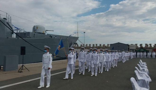 Festivitățile de Ziua Marinei sunt găzduite, anul acesta, de Portul Militar Constanța. GALERIE FOTO - 4ac72ef88c194b04bdde13d456d303a5-1597480739.jpg