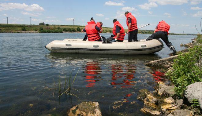 ALERTĂ! Un bărbat a dispărut în Dunăre, este căutat de scafandrii de la ISU Dobrogea - 4maiinecatharsova-1620110399.jpg
