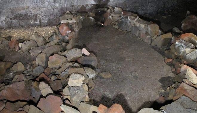Live Science: Vikingii au construit o corabie din pietre pentru a supravieţui Apocalipsei - 5-1619592295.jpg