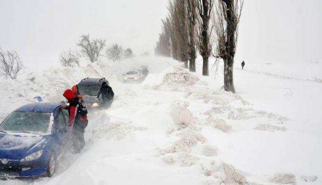UN NOU COD PORTOCALIU DE VISCOL, LA CONSTANȚA! Ne așteaptă ore bune de ninsoare puternic viscolită - 5202566mediafaxfototheodorpana-1519720761.jpg