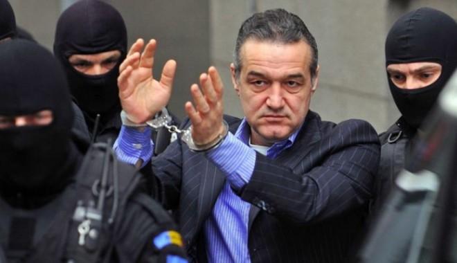 Foto: Gigi Becali poate să iasă din Penitenciarul Poarta Albă, pentru a merge la muncă