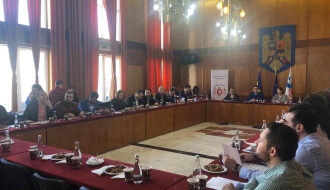 UPDATE. A început ședința de Consiliu Local, la Constanța - 52868318764144853946170438293975-1551349429.jpg