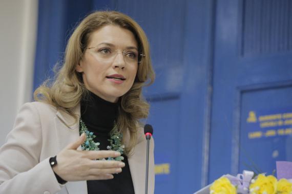 Foto: Consiliul Național PNL. Alina Gorghiu a anunțat data și tema moțiunii de cenzură împotriva lui Ponta