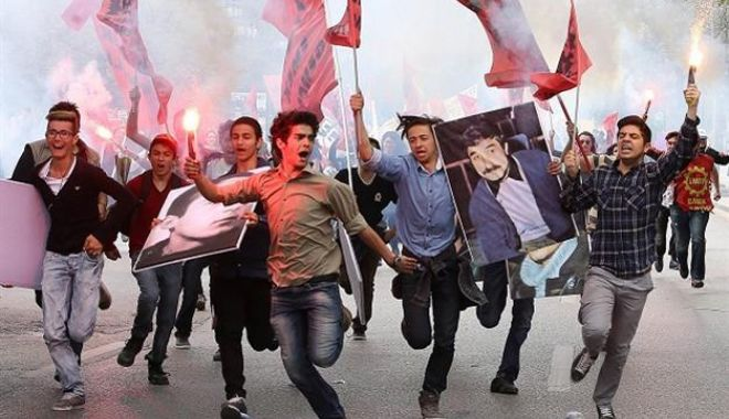 1 Mai în Turcia: zeci de manifestanți arestați - 59c8bfce45d2a027e83c9fa7-1619880196.jpg