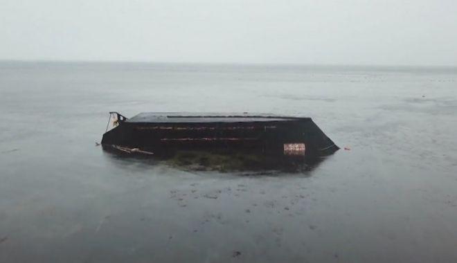 Foto: Fenomen înfricoșător. Zeci de bărci fantomă ajunse pe țărmul Japoniei. La bord, doar oameni morți
