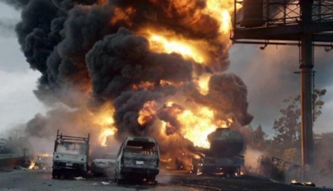 Foto: 23 de morți în explozia și incendiul unei uzine