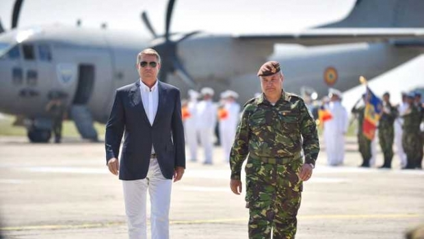 Foto: Ministerul Apărării a pierdut procesul cu președintele Klaus Iohannis privind numirea generalului Ciucă șef al Armatei