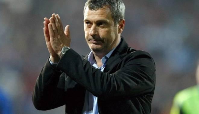 Mircea Rednic își negociază azi plecarea de la Petrolul! Numele lui, pe lista lui Dinamo - 643171579424489293290512rednic-1430826423.jpg