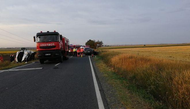 GALERIE FOTO / Accident grav în Constanța. Trei persoane au murit și patru au fost rănite! - 64445654473489986783255465476228-1563089603.jpg