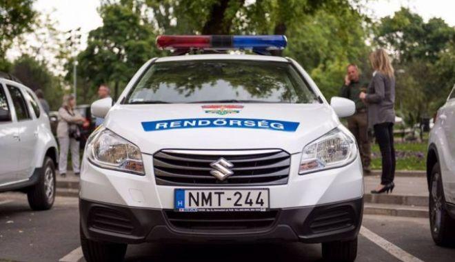 Foto: DE-A RÂSU' PLÂNSU' / Un român și-a uitat soția într-o parcare din Ungaria. Femeia nu avea nici telefon mobil, nici bani și nici documente la ea