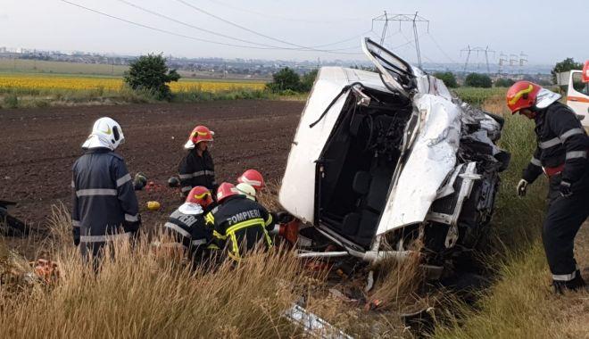 GALERIE FOTO / Accident grav în Constanța. Trei persoane au murit și patru au fost rănite! - 66473716465338877356356897535977-1563089586.jpg