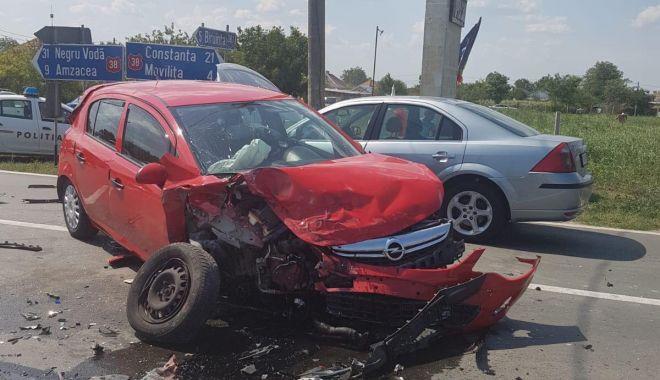 Galerie foto / Accident rutier la Topraisar! - 67233729467001544139215282451432-1563797797.jpg