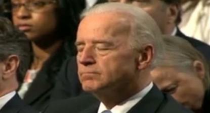 Foto: Vicepreședintele SUA a adormit la discursul lui Obama