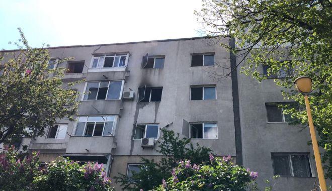 EXPLOZIE într-un apartament din Constanța! Mai multe persoane EVACUATE! - 6maiexplozie3-1620303848.jpg