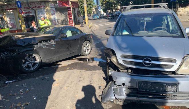 Foto: IMAGINI DE LA LOCUL FAPTEI! Ce spune Poliția Constanța despre accidentul din centrul Constanței