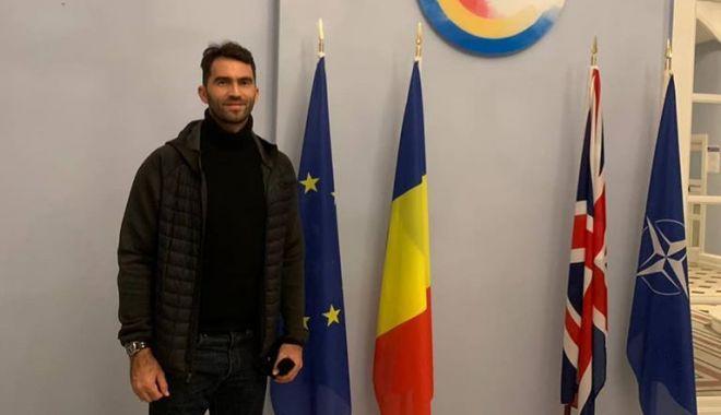 Alegeri prezidențiale 2019 - Horia Tecău a votat la Londra, naționala feminină de tenis de masă a votat la Tokyo - 76193853222475707096215514666320-1573399231.jpg