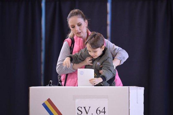 Cum au votat constănțenii în municipiu - 76648964264653649536768342956385-1573459669.jpg