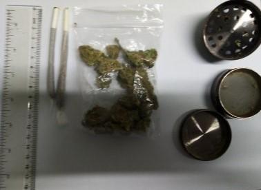 Foto: Tânăr prins cu droguri, în Vama Veche