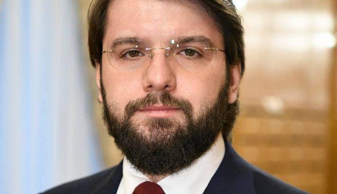 Foto: Deputat PSD: 1 din 10 parlamentari ai grupului PNL provin de la PSD