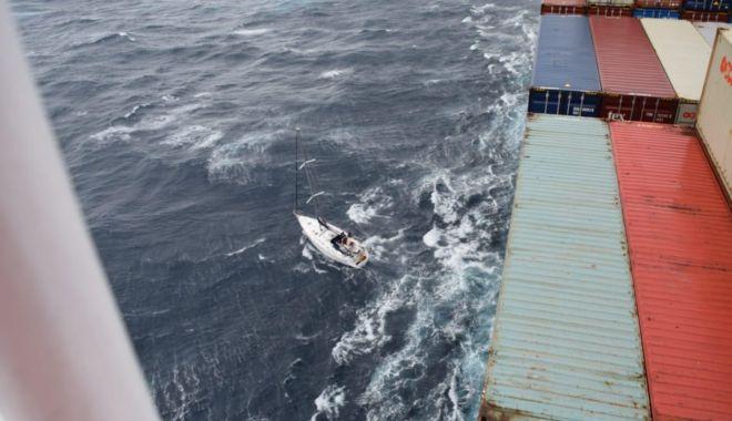 """Comandant de navă decorat cu Ordinul """"Virtutea Maritimă"""", pentru salvarea a patru vieți, de pe un velier, în Golful Mexic - 8818094dcf224d0aab6dcb6b9ce1ca58-1623405371.jpg"""