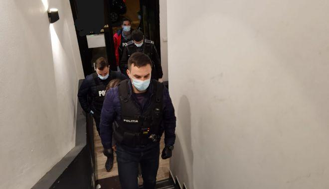 PETRECERI DE ZIUA FEMEII. Poliția Constanța a împărțit AMENZI! - 8martpetreceripolitisti-1615209435.jpg