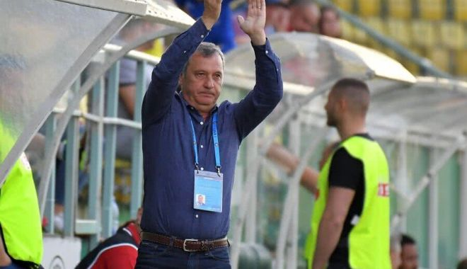 Foto: Antrenorul Mircea Rednic și-a reziliat contractul cu Dinamo