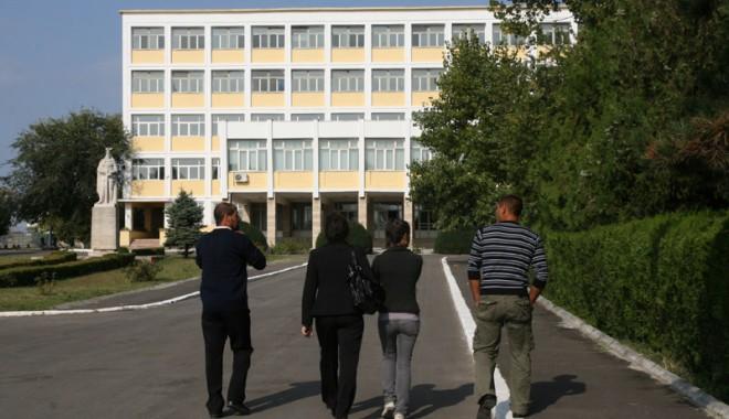 Cum marchează Academia Navală 141 de ani de învățământ de marină - academiamilitara35-1384455115.jpg