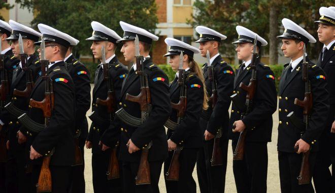 Foto: Aproape 2.000 de studenți încep cursurile la Academia Navală