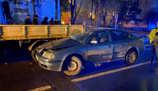 UPDATE / Accident rutier la orele serii! Șoferul, fost adjunct al Poliției Medgidia, era beat la volan! - acc-1582828608.jpg