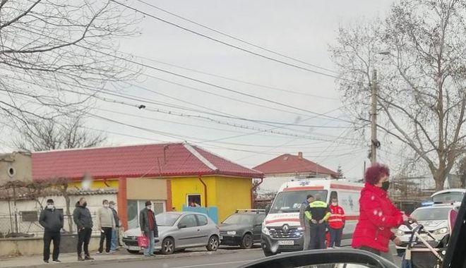 Accident rutier pe strada Cumpenei din Constanța. Un pieton a fost rănit - acc-1611406764.jpg