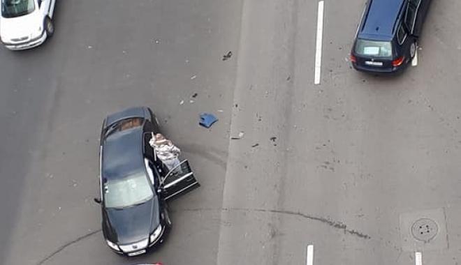 """Foto: Accident rutier la Constanța: """"E JALE MARE PE TOT BULEVARDUL MAMAIA"""""""