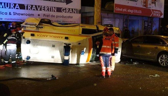 ACCIDENTUL SERII, la Constanța. Sunt 4 VICTIME. Poliția și ambulanța, la fața locului. GALERIE FOTO / VIDEO - acc1-1580320933.jpg
