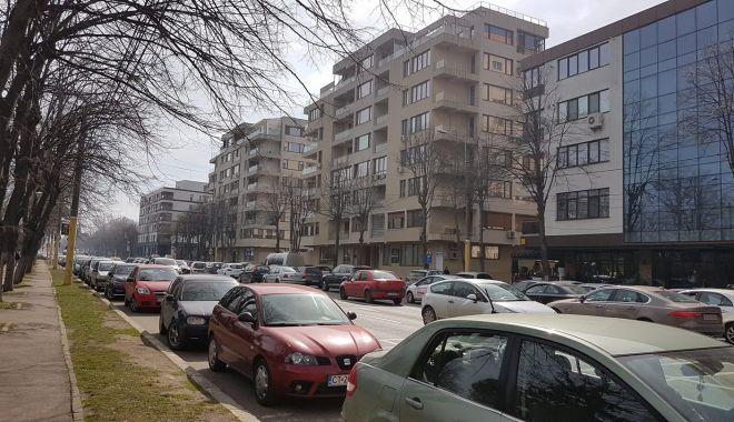 ACCIDENT RUTIER LA CONSTANȚA, pe bulevardul Alexandru Lăpușneanu. VICTIMA ESTE O TÂNĂRĂ - acc2-1520859698.jpg