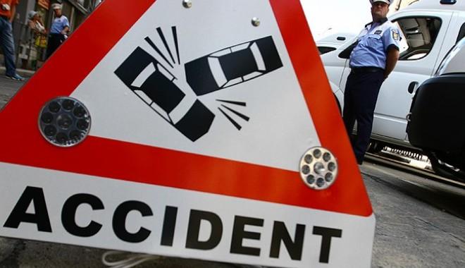 Foto: Accident rutier pe bulevardul Mamaia