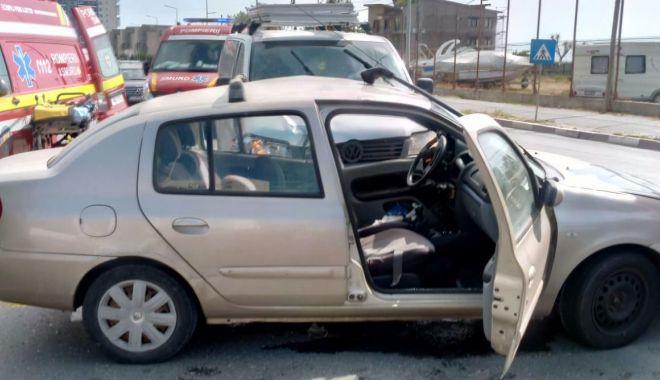Accident grav între Mamaia și Năvodari. Intervine descarcerarea - accident-1589808820.jpg