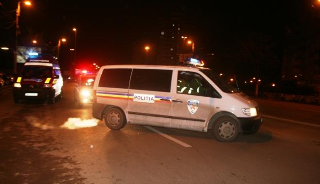 Foto: UPDATE / Galerie FOTO. GRAV ACCIDENT RUTIER LA CONSTANȚA. O PERSOANĂ ÎNCARCERATĂ!