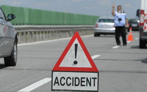 Foto: Accident rutier grav pe Autostrada Soarelui. O persoană a fost rănită