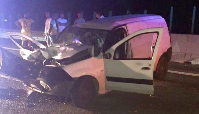 Foto: Accident în miez de noapte, pe Autostrada Soarelui. Șoferul era beat
