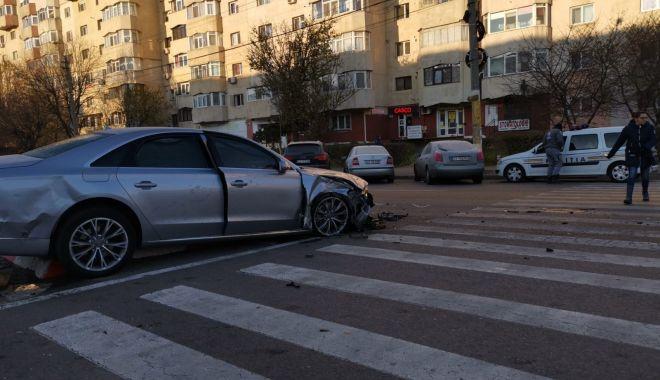 Galerie foto. GRAV ACCIDENT cu trei mașini implicate, în SENSUL GIRATORIU, în Constanța! - accidenteliberarii5dec3-1575531138.jpg
