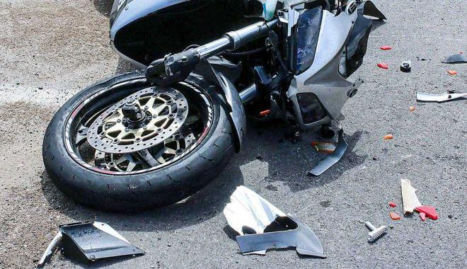 Bărbat de 30 de ani, mort după ce a căzut de pe motocicletă - accidentmotocicleta-1627110359.jpg