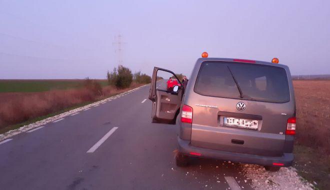 Foto: Accident soldat cu șapte răniți, din cauza unei depășiri