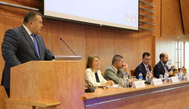 Foto: Acordurile de comerț liber ale UE, dezbătute în conferință la CCIR