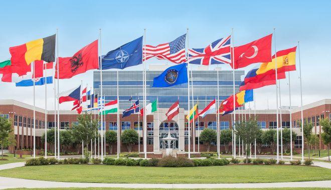 Foto: Acord în cadrul NATO. Washingtonul va plăti mai puțin la bugetul Alianței