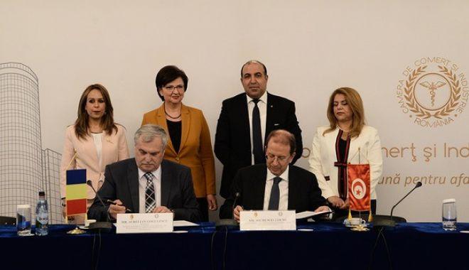 Foto: Acord de cooperare între CCIR și Tunisia