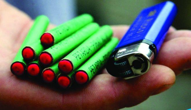"""Acţiunea """"Foc de artificii"""". Sute de persoane fizice şi juridice, verificate de poliţişti - actiuneafocdeartificii-1607098236.jpg"""