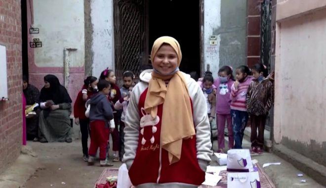Fetiță de 12 ani, profesoară pentru zeci de copii, după ce școlile au fost închise din cauza pandemiei - ad0zywm2zgy3owzhmtyxnjbjnza2otni-1613288403.jpg